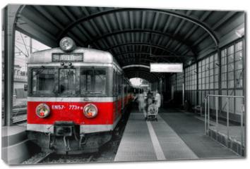 Obraz na płótnie canvas - red train