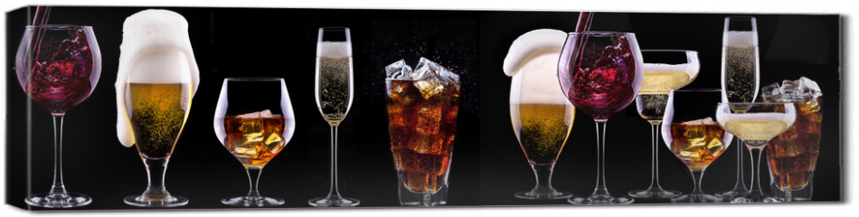 Obraz na płótnie canvas - alcohol drinks set isolated on a black