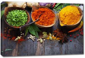Obraz na płótnie canvas - Spices and herbs