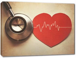 Obraz na płótnie canvas - heart and stethoscope