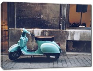 Obraz na płótnie canvas - old, blue vintage motor scooter in Palma de Mallorca