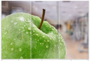 Panel szklany do szafy przesuwnej - Apfel mit Fitnessstudio Hintergund