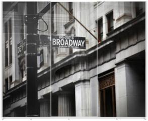 Panel szklany do szafy przesuwnej - Broadway sign