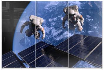Panel szklany do szafy przesuwnej - The astronaut