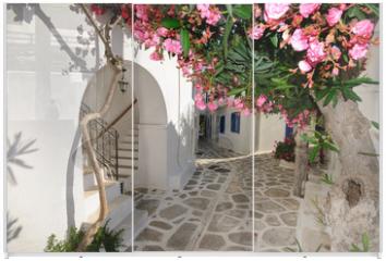 Panel szklany do szafy przesuwnej - Small backstreet on Amorgos island, Greece