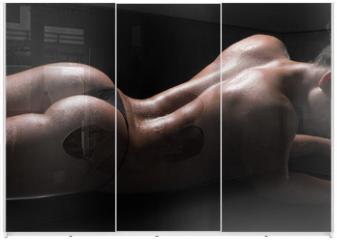 Panel szklany do szafy przesuwnej - Sexy woman body, wet skin, black background