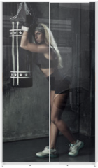 Panel szklany do szafy przesuwnej - Boxer woman