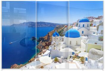 Panel szklany do szafy przesuwnej - White architecture of Oia village on Santorini island, Greece