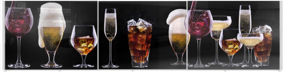 Panel szklany do szafy przesuwnej - alcohol drinks set isolated on a black