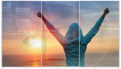Panel szklany do szafy przesuwnej - Sport success on sunset background