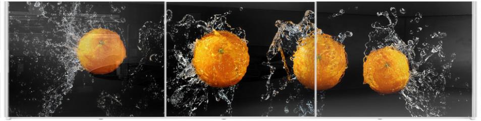 Panel szklany do szafy przesuwnej - Set of fresh oranges in water splash