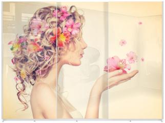 Panel szklany do szafy przesuwnej - Beauty girl takes beautiful flowers in her hands