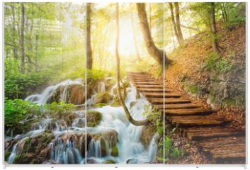 Panel szklany do szafy przesuwnej - Deep forest stream with crystal water. Plitvice lakes, Croatia