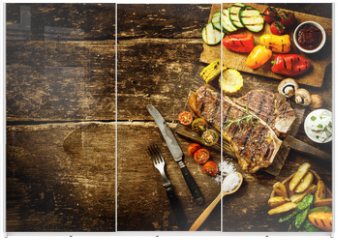 Panel szklany do szafy przesuwnej - Preparing t-bone steak and roast vegetables