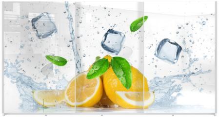 Panel szklany do szafy przesuwnej - Fruit with water splash