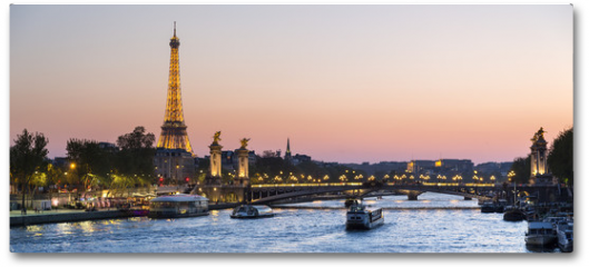 Plakat - Paris, traffic on the Seine river at sunset, with Eiffel tower i