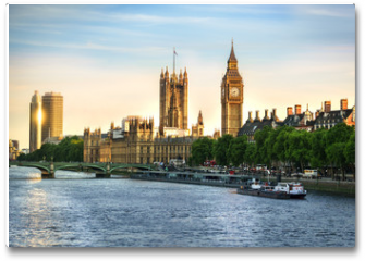 Plakat - Big Ben and Westminster parliament in London, United Kingdom with sun reflection
