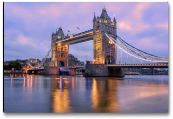 Plakat - Tower Bridge in London, UK, in sunrise morning light