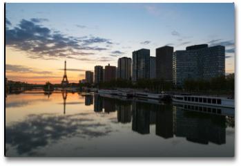 Plakat - Paris skyline with Eiffel tower and Seine river in Paris, France.
