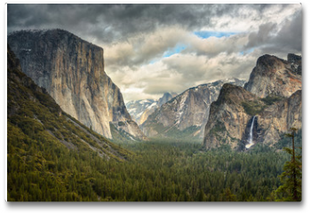 Plakat - Stormy Clouds over Tunnel View in Yosemite