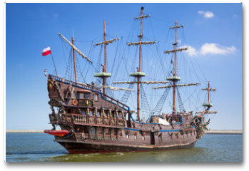 Plakat - Pirate galleon ship on the water of Baltic Sea in Gdynia, Poland