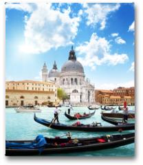 Plakat - gondolas on Canal and Basilica Santa Maria della Salute, Venice,