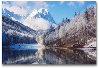 Plakat - Winter landscape with lake and reflection
