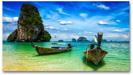 Plakat - Long tail boats on beach, Thailand