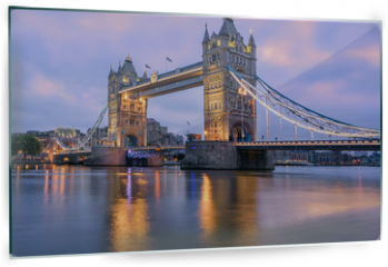 Panel szklany do kuchni - Tower Bridge in London, UK, in sunrise morning light