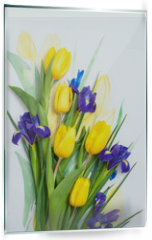 Panel szklany do kuchni - Beautiful flowers for a postcard. March 8.
