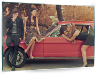 Panel szklany do kuchni - 60s or 50s style image young people with car