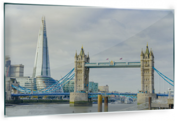 Panel szklany do kuchni - The Shard and Tower Bridge on Thames river in London, UK