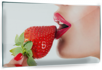 Panel szklany do kuchni - sexy woman eating strawberry, sensual red lips