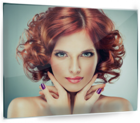 Panel szklany do kuchni - Beautiful model red with curly hair